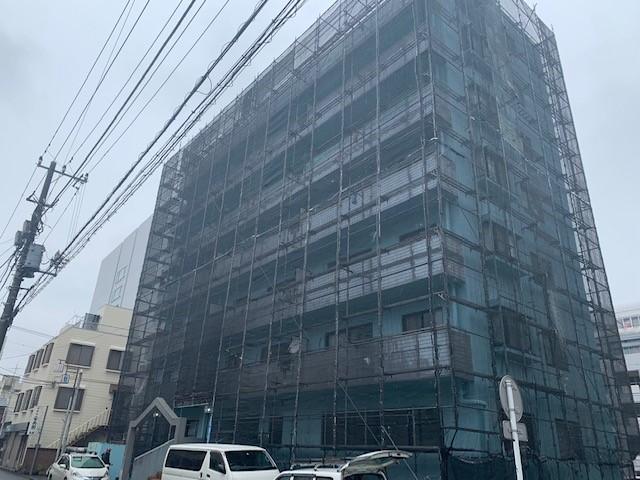 平塚市マンション塗装・防水工事着工しました。